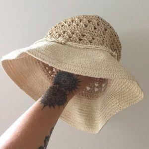 Vintage Crochet Bucket Hat